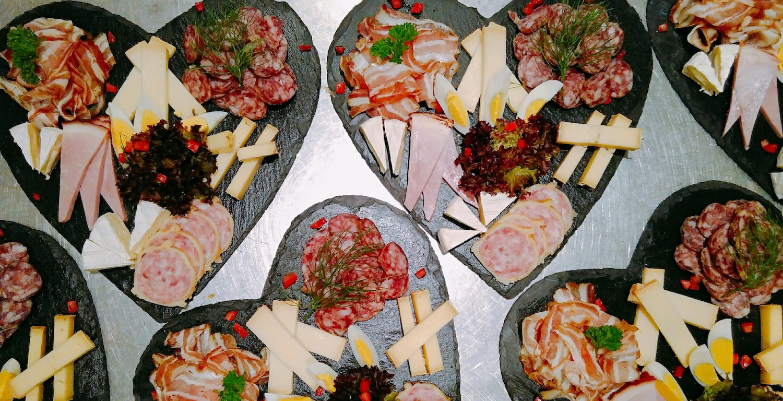 Catering für einen Apero im Café des Mines, Val-du-Travers