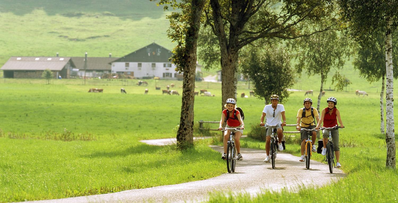 Balade à vélo dans la Vallée de la Sagne
