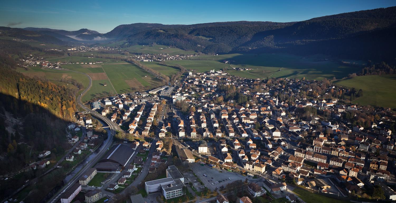 Balade à Fleurier, Val-de-Travers, Jura suisse